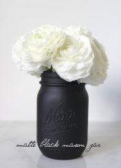 Beautiful Black and White Decor Ideas 38