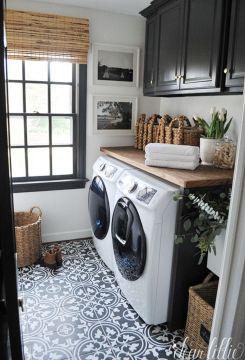 Beautiful Black and White Decor Ideas 98