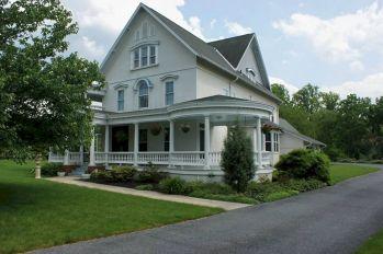 Farm Style House Designs