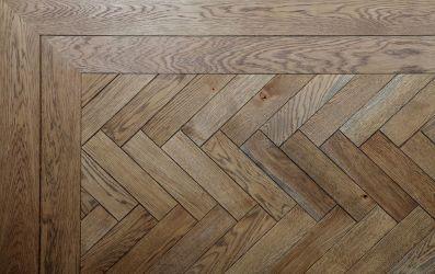 Herringbone Woods Floor Chevron Pattern