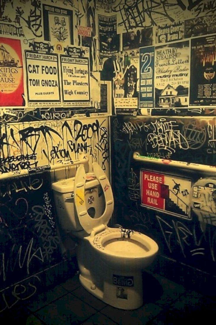 Best Rock Wall Bathroom Decoration