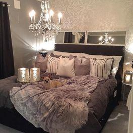 Beautiful Bedroom Wallpaper Decorating Ideas 39