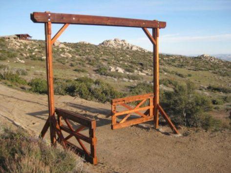 Farm and Ranch Gate Entrance