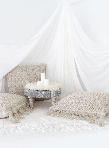 How to Macrame Pillows Hanger