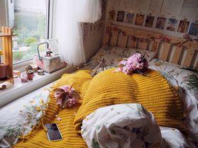 Incredible Yellow Aesthetic Bedroom Decorating Ideas 12
