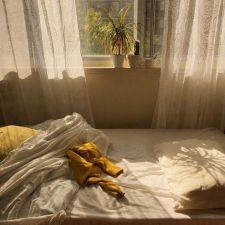 Incredible Yellow Aesthetic Bedroom Decorating Ideas 13