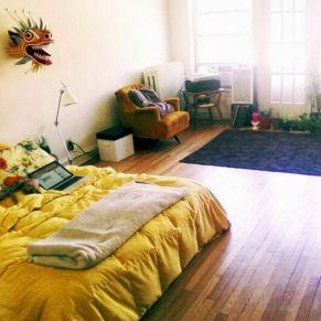 Incredible Yellow Aesthetic Bedroom Decorating Ideas 14