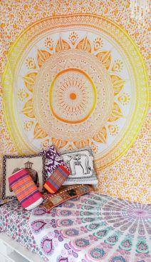 Incredible Yellow Aesthetic Bedroom Decorating Ideas 43
