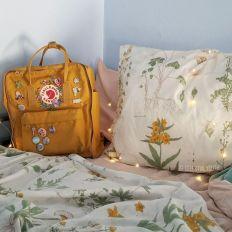 Incredible Yellow Aesthetic Bedroom Decorating Ideas 48