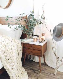 Mid Century Modern Bedroom Ideas 37