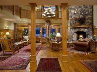 Rustic Lodge Decor Living Room