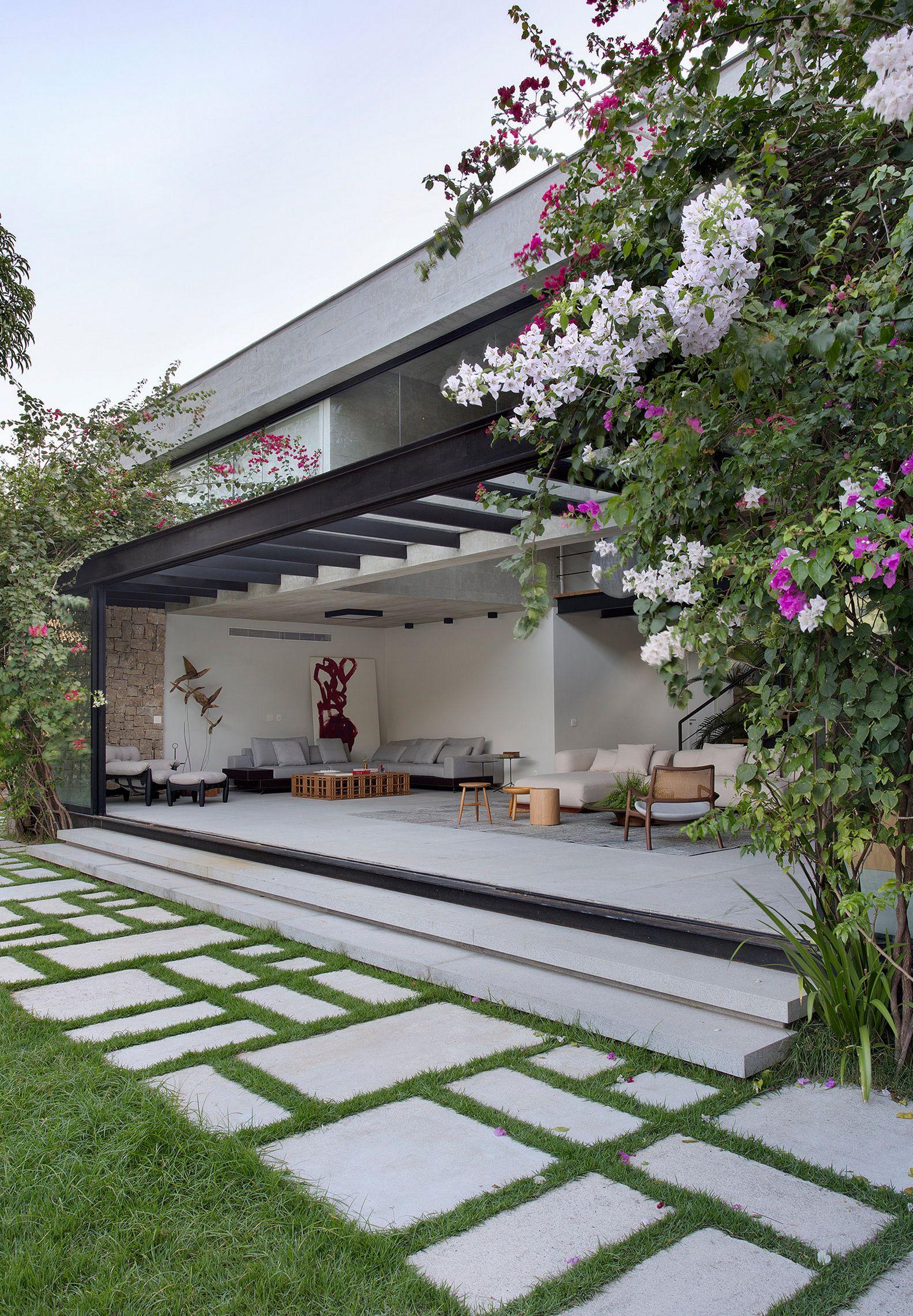 Best Outdoor Living Spaces 122