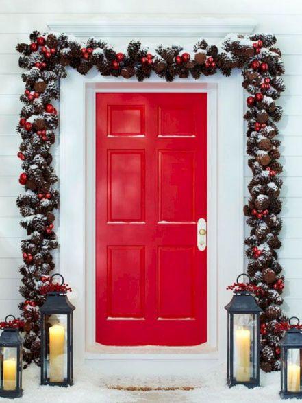 Front Door Christmas Garland Idea
