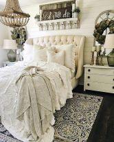 Rustic Farmhouse Style Master Bedroom Ideas 21