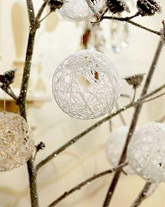 DIY Balloon Christmas Ornaments