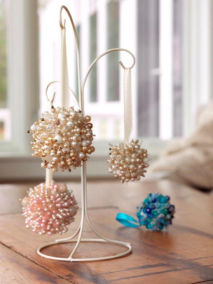 DIY Christmas Ornaments Make