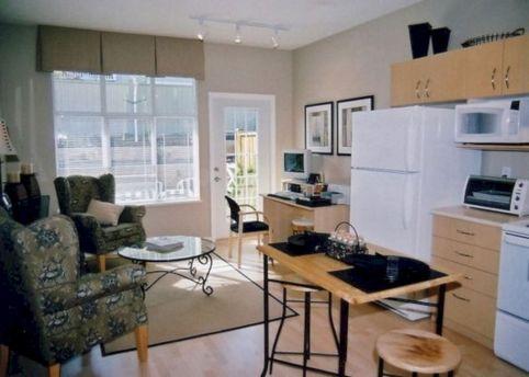 Small Apartment Living Room Decorating Ideas