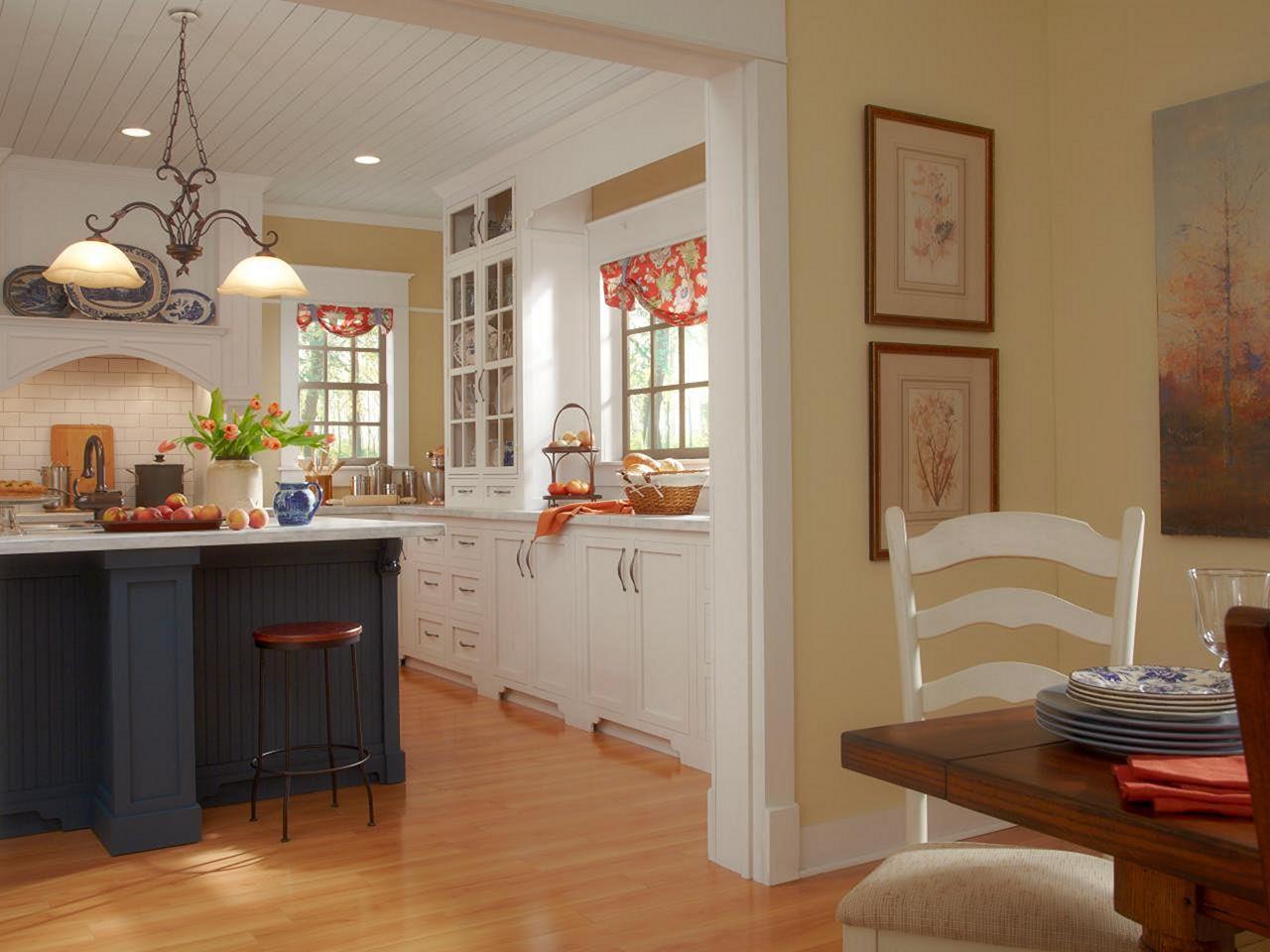 Farmhouse Kitchen Paint Color Decoredo