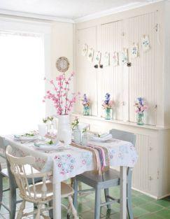 Farmhouse Kitchen with Breakfast Nook