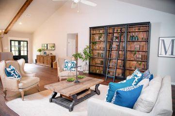 Fixer Upper Living Room Idea