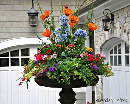 Outdoor Planters Flower Arrangement Ideas