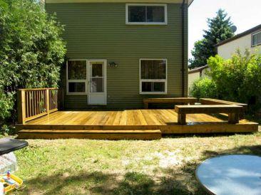Small Backyard Deck Designs