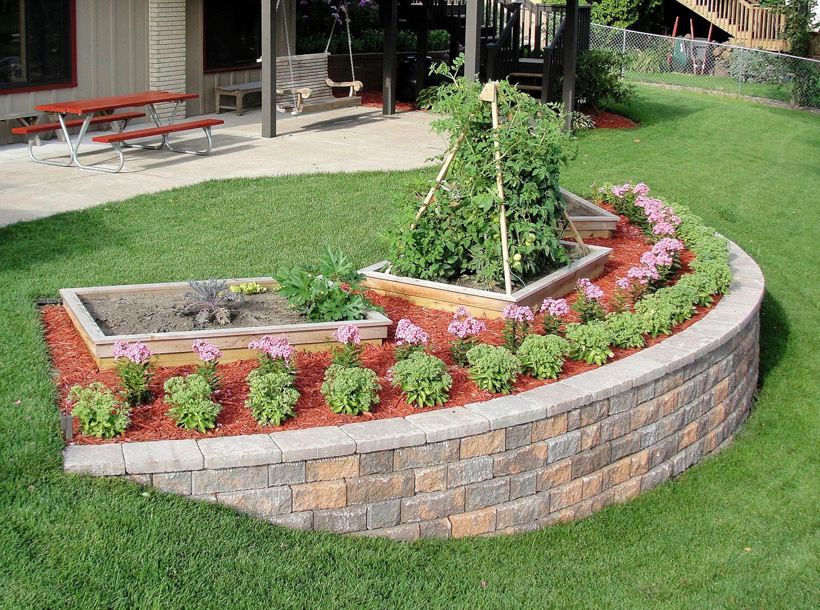Vegetable Garden DIY Projects