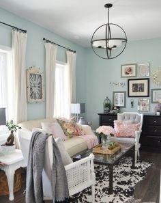Vintage Farmhouse Living Room Decorating Ideas