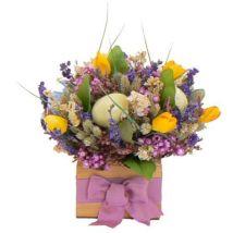Easter Flower Arrangements As Your Table Decoration 112
