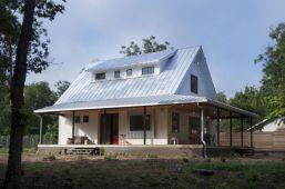 Farmhouse Exterior Design 17