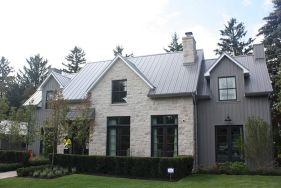 Farmhouse Exterior Design 28