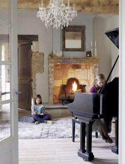 Farmhouse Living Room Fireplace 28