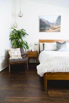 Modern Mid Century Bedroom Decor Ideas 28