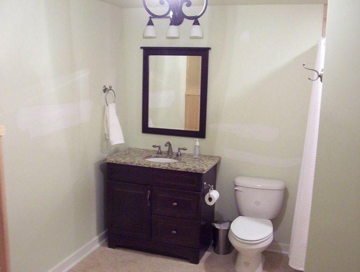 Small Full Bathroom Remodel Ideas 14