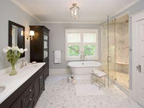 Small Master Bathroom Design 13