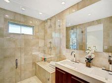 Small Master Bathroom Design 6