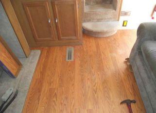 Wooden Flooring Ideas for RV 19