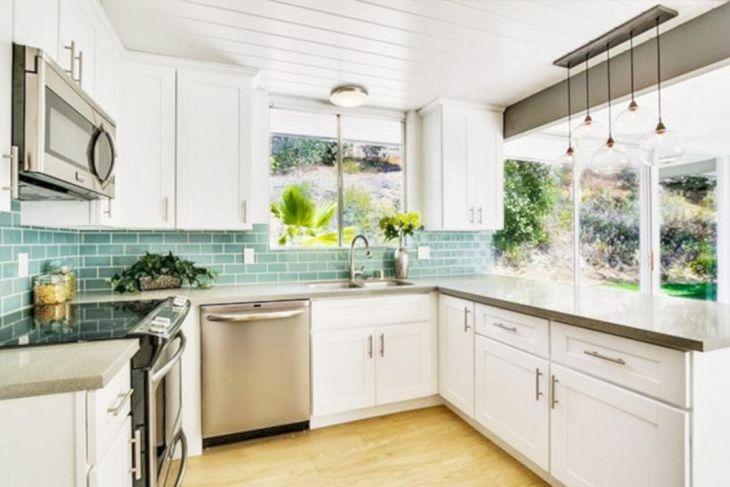 Classic White Kitchen Cabinets 15