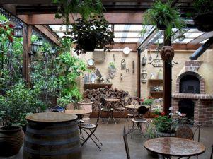 Outdoor Dining in Your Garden 119
