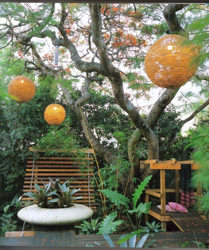Small Outdoor Garden Decor Ideas 17