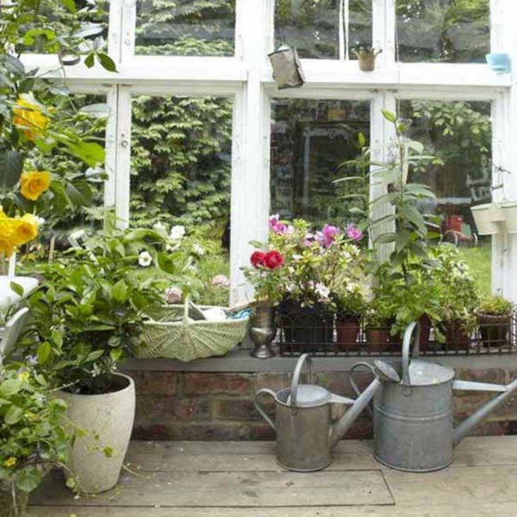 Small Outdoor Garden Decor Ideas 2
