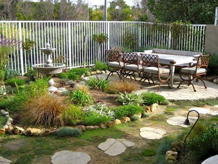 Small Outdoor Garden Decor Ideas 5