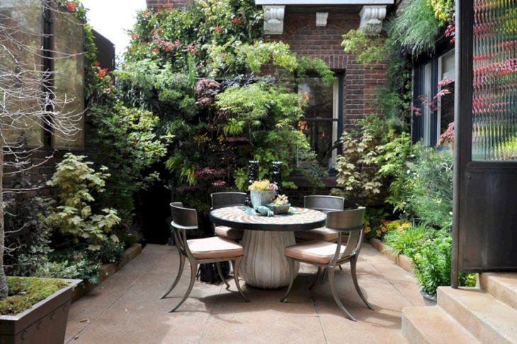 Small Outdoor Garden Decor Ideas 9