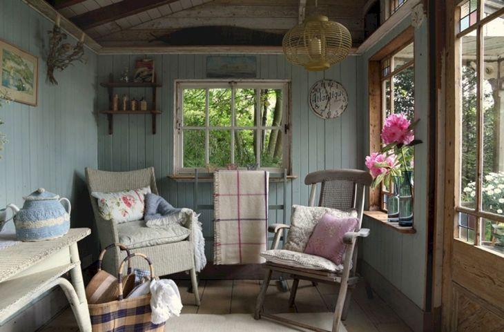 Tiny Cottage House Interiors 6