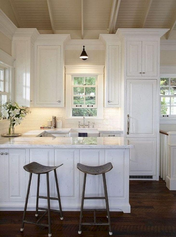 Small Cottage Kitchens Design 14