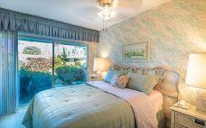 Palm Springs Bedroom 1
