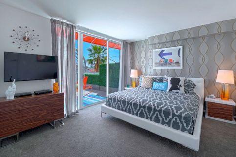 Palm Springs Bedroom 16