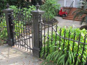 Black Garden Fences Design 1