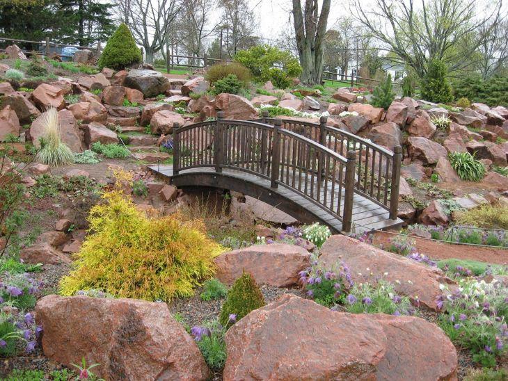 Beautiful Rock Garden 10