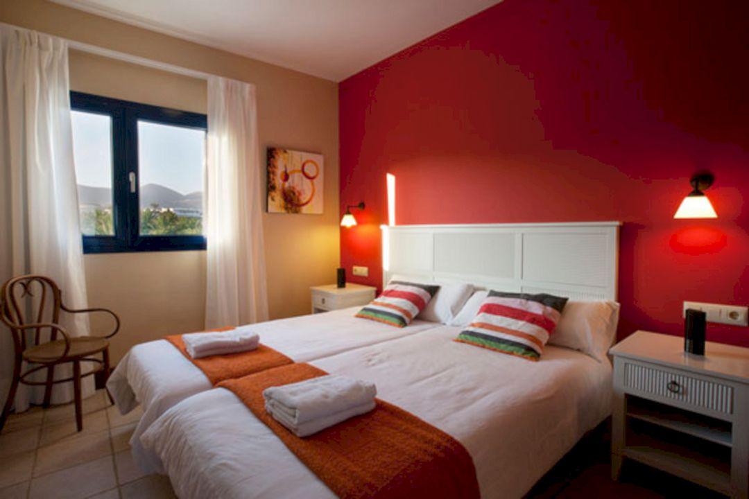 Warm Paint Colors for Bedrooms 3 – DECOREDO